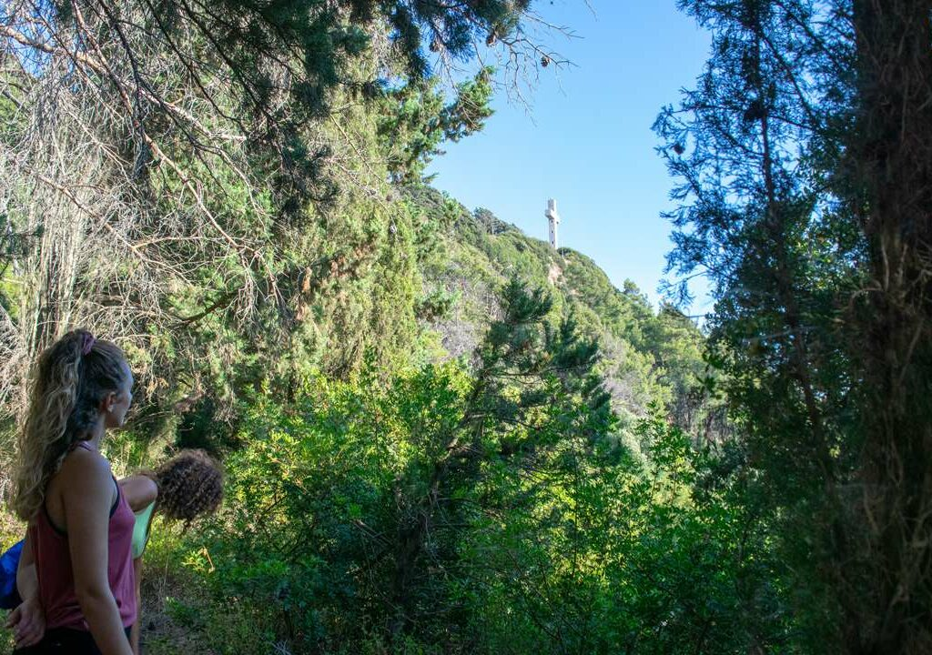 filirimos hiking cross