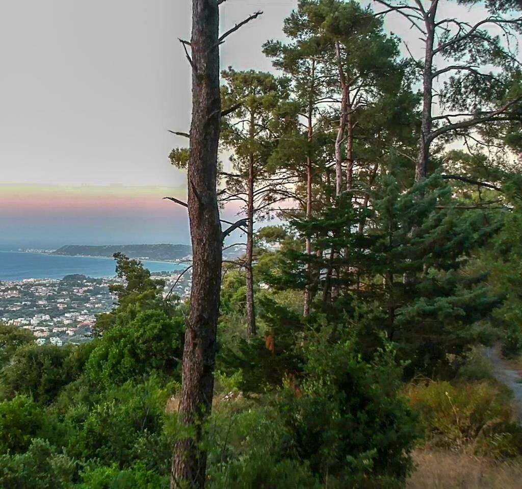 filerimos hiking sea view